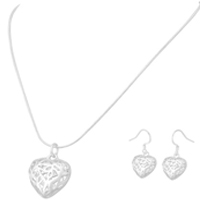 Filigree Heart Designed Sterling Silver Pendant  Earring Set - 24